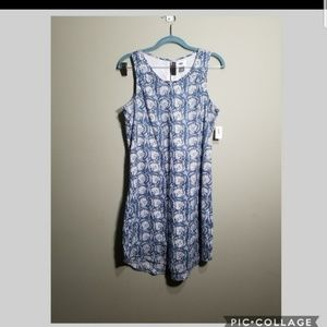 Old Navy flower pattern dress size S NWT MSRP $35